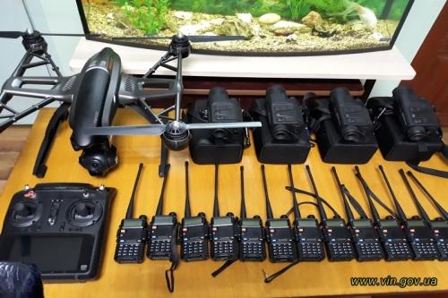 Безшумні мотори та тепловізори: Вінницький рибоохоронний патруль отримав нове обладнання